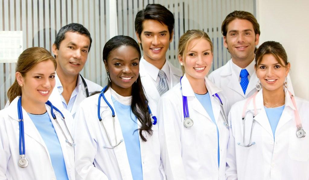10 Mejores becas de medicina en el Reino Unido para estudiantes de países en desarrollo, 2020