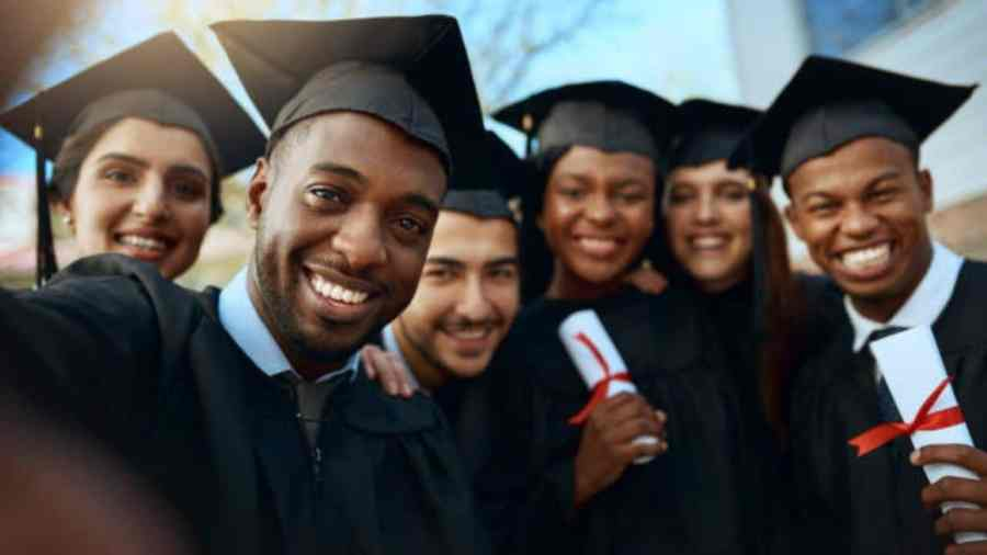 Ongoing Local Scholarships In South Africa 2021