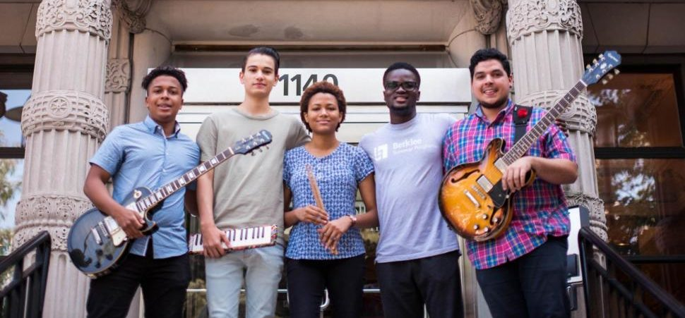 21+ music schools in the World 2021 - 2022 | APPLY NOW