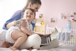 Career-Jobs-Working-With-Babies