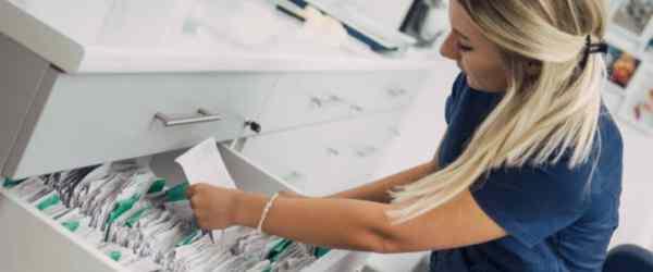 medical-records-technician