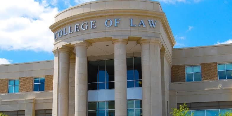 Studenti prava i profesionalci širom svijeta susreću se na različitim.
