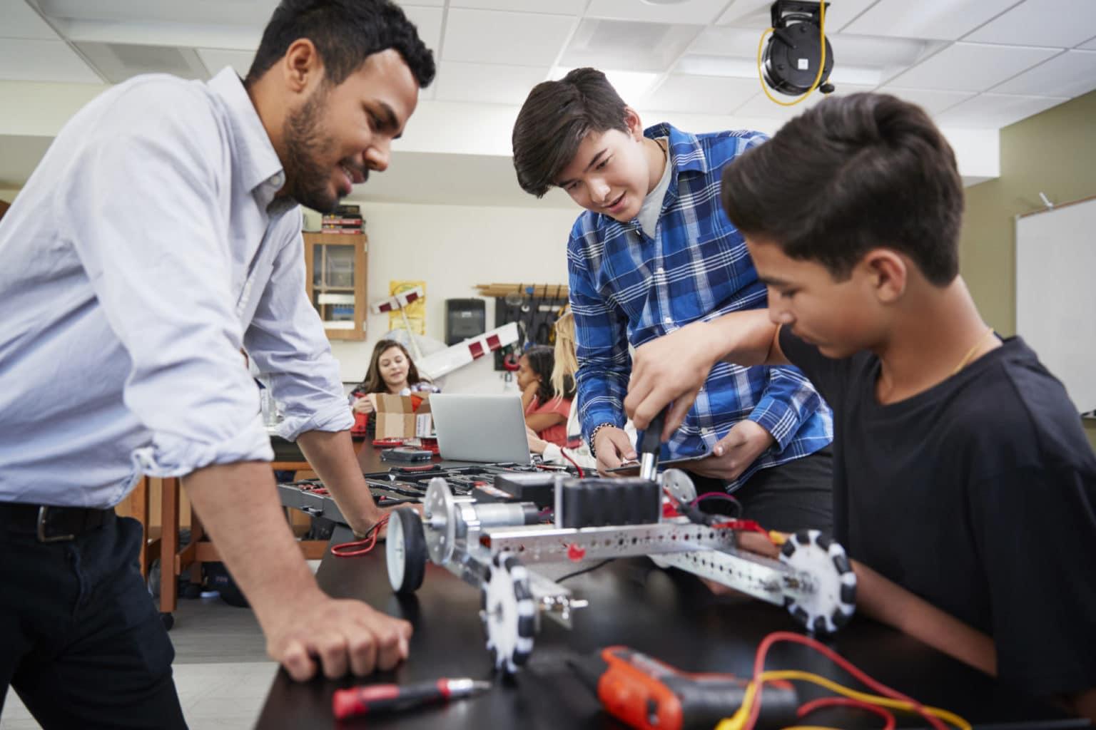 マサチューセッツ州の15の最高の専門学校| ランキング2020