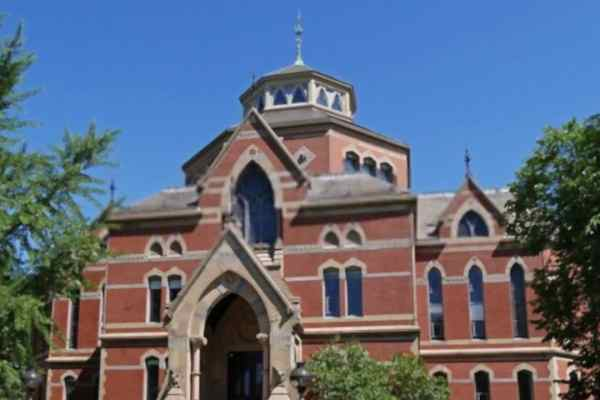 brown-university-admission-requirements