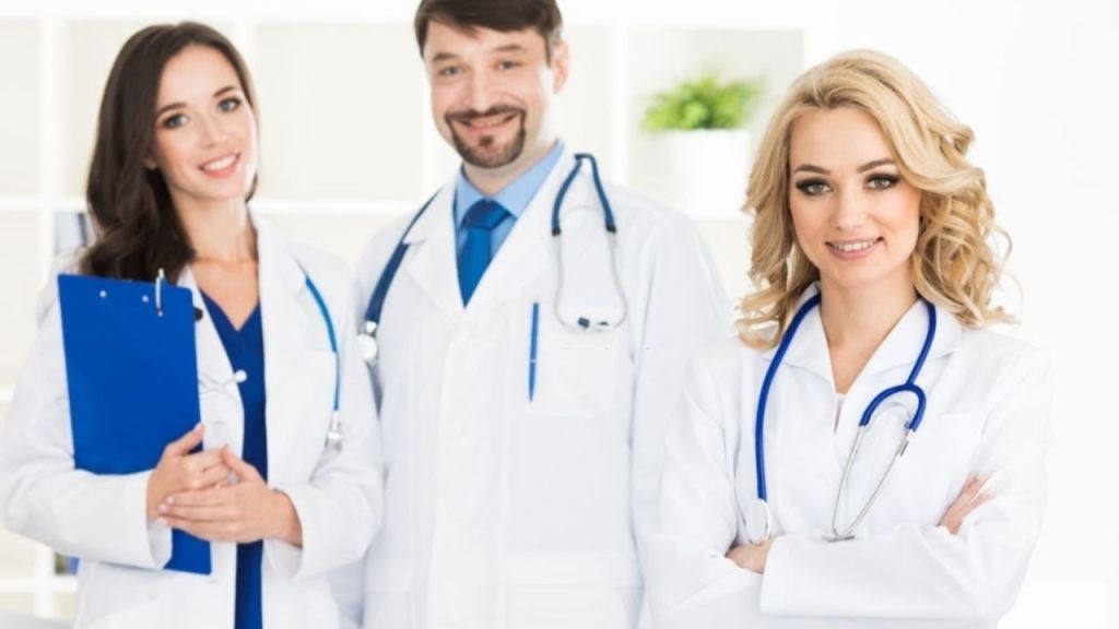 How to Become a Doctor in Australia in 2020: What an Expert told me.