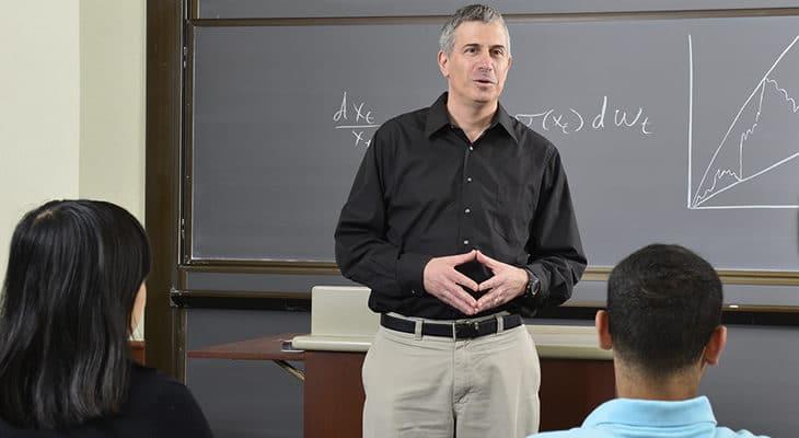 finanzas de doctorado en línea