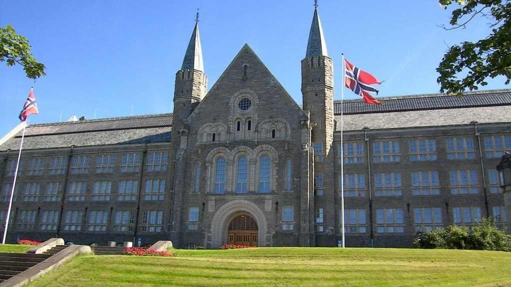 15 Best Universities in Norway 2021 for International Students