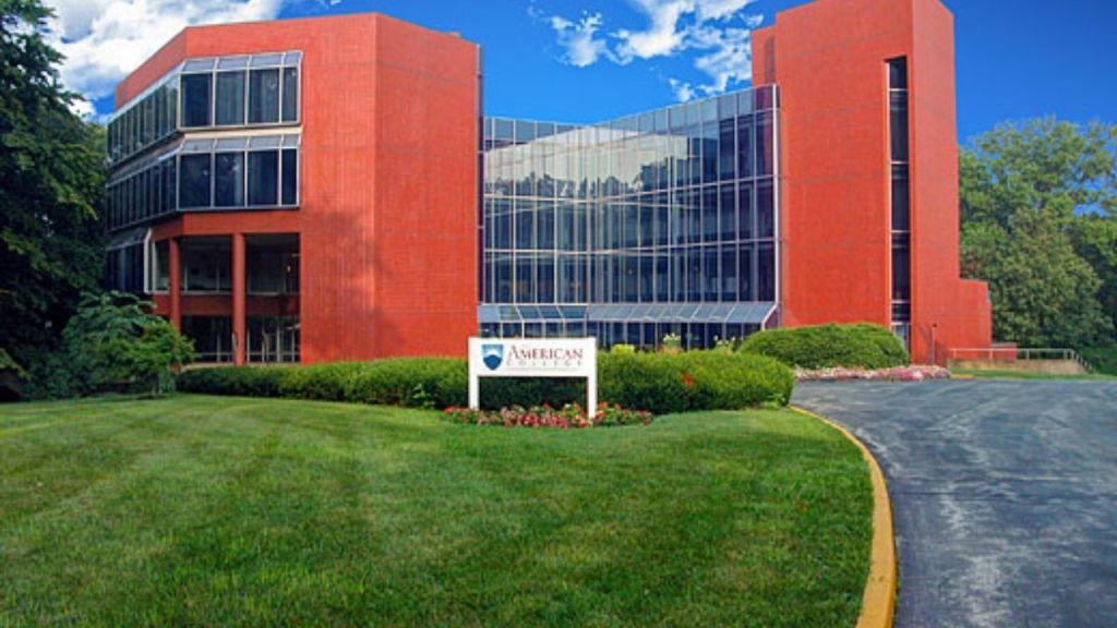The American College of Financial Services 2021: admisión, programas, matrícula, clasificación.