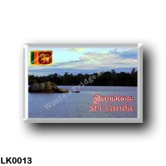 LK0013 Asia - Sri Lanka - Dharga - Bentota River
