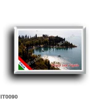 IT0090 Europe - Italy - Lake Garda - Punta San Vigilio (flag)