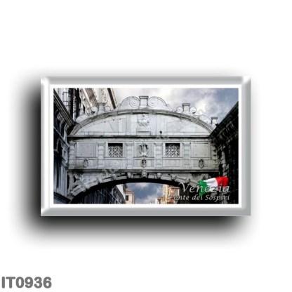 IT0936 Europe - Italy - Venice - Palace Bridge of Sighs