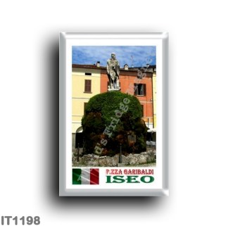 IT 1198 Europe - Italy - Lombardy - Iseo - the square - Statue of Giuseppe Garibaldi