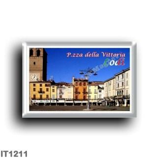 IT1211 Europe - Italy - Lombardy - Lodi - Piazza della Vittoria