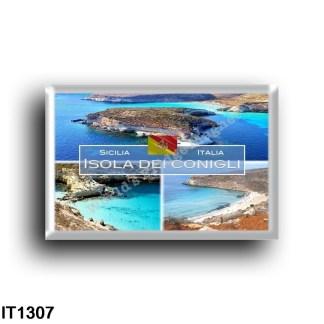 IT1307 Europe - Italy - Sicily - Isola dei Conigli - Panorama - High angle view - Beach
