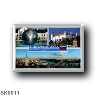 SK0011 Europe - Slovakia - Bratislava - Fountain Bratislava Mierove Namestie - Castle - Pamorama
