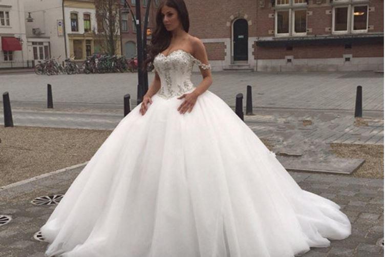 Best Wedding Dresses 2017, Top 10 Highest Sellers Brands