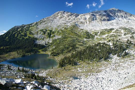 Valentine Lake - Saxifrage Peak - Canada