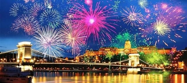 Top 15 New Year s Eve Fireworks Displays in the World   World Top Top Budapest New Year s Eve Fireworks