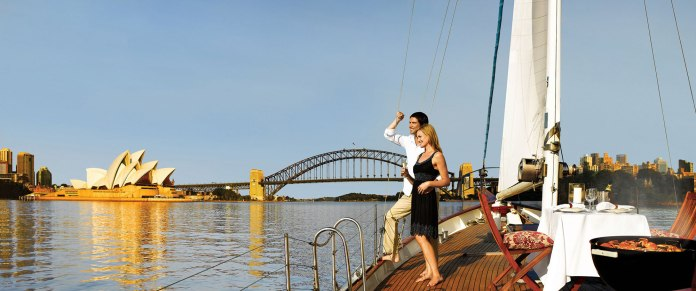 homepage-australia-sailing-on-sydney-harbour-opera-house-2000x837.jpg