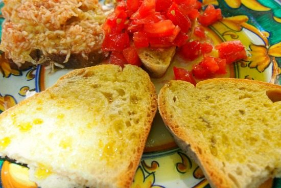 Food in Umbria. Bruschetta and fine olive oils World Travel Family Blog