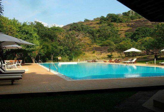 paradise Resort and Spa Poo