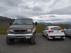 Der Jeep mit dem es auf den Krater ging und unser Kia