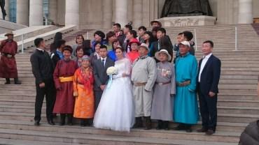 Mongolian wedding infront of Chinggis Khan monument