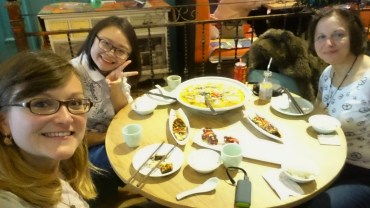 Dinner with Chinese friend in Chengdu