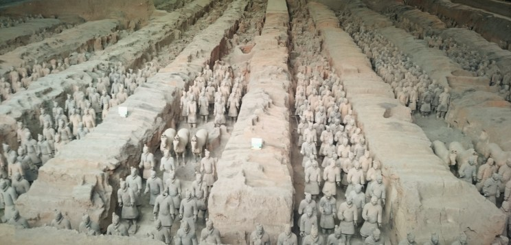 Terracotta army with mausoleum of first Qin emperor