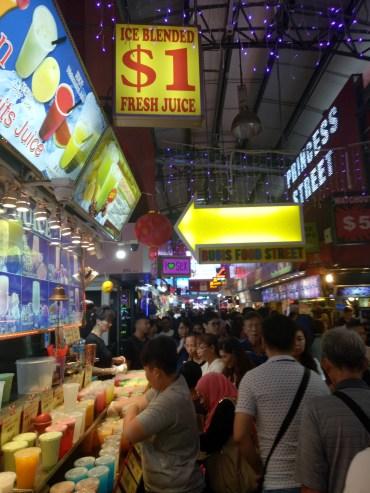 Bugis market for cheao food