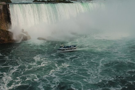 Maid of the mist getting close
