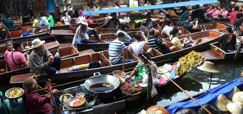 Bangkok 3 day itinerary - Floating Market