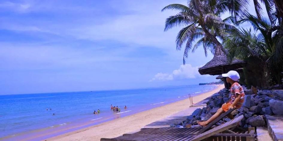 Da Nang Family beach holidays