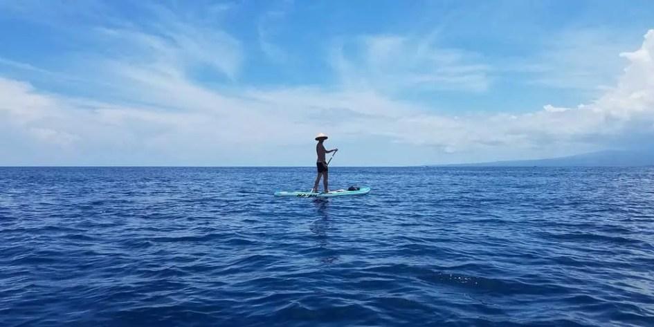 Paddle boarding in Gili Trawangan - Things to do on Gili T