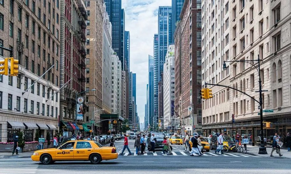 September holiday ideas - Shows Manhattan streets in New York City