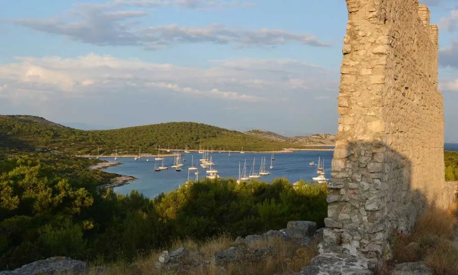 Zadar attractions - Shows a view of the Kornati Islands