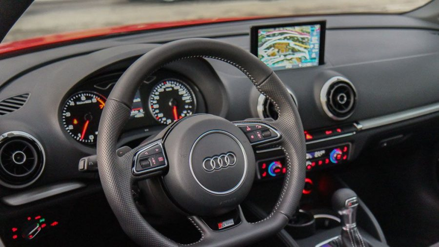 2014 Audi A3 Cabriolet Misanorot S-Line Innenraum
