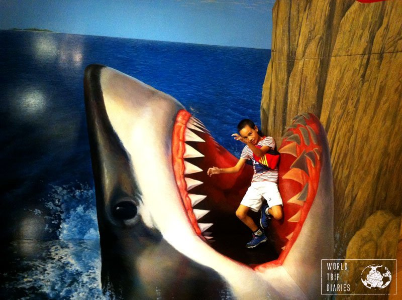 tokyo trick art museum shark