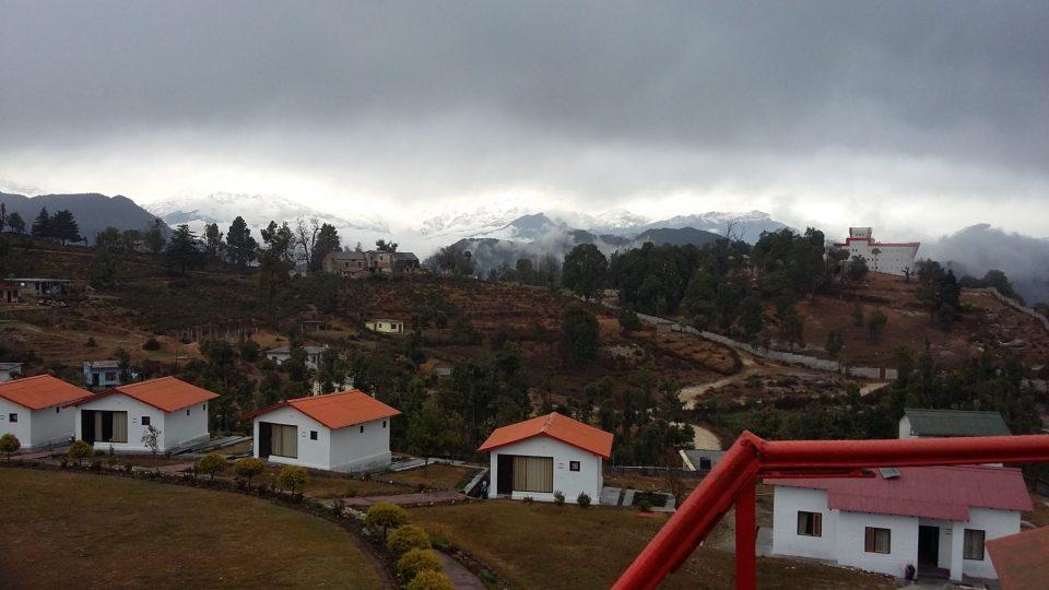 Himalayan_range_Chaokori.jpg