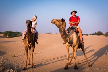 The worldviber team in the Thar desert in Khuri