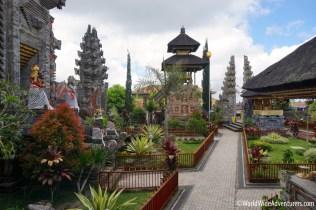 Living in Bali48