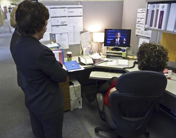 Watching Obama's Inauguration Speech via web 09.01.20
