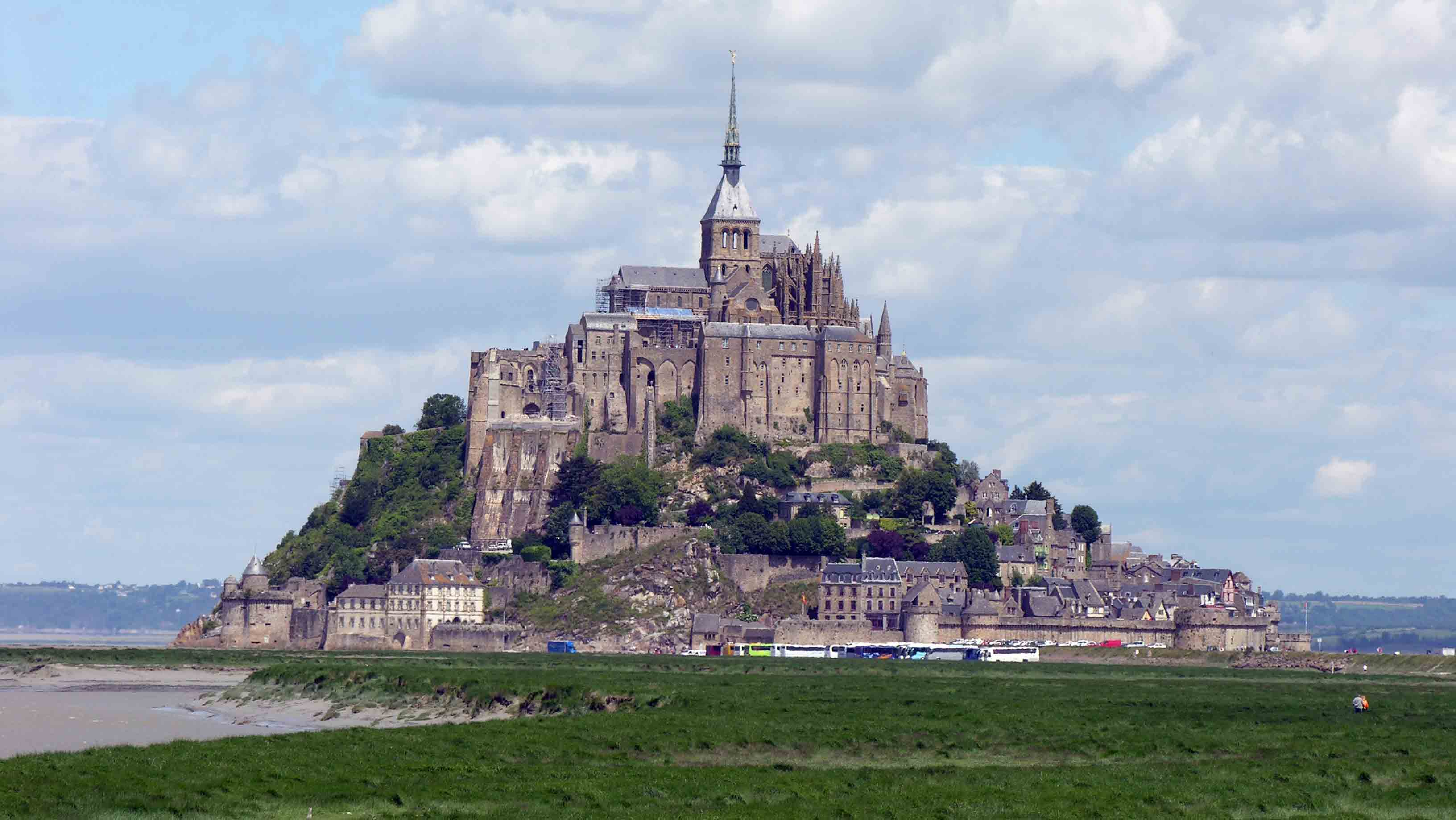 Mont-Saint-Michel-sized-down