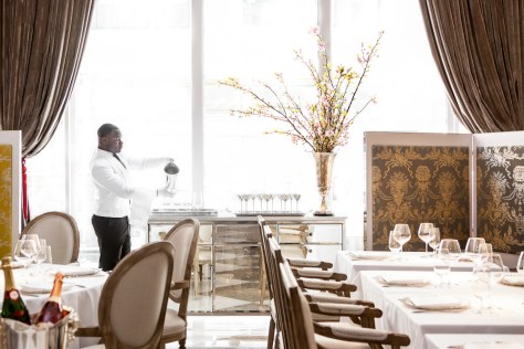 Main Dining Room Front 21 Grams