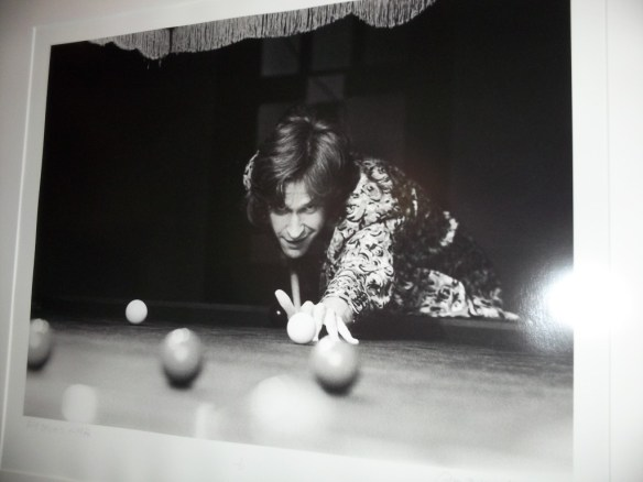 Ray Davies Plays Pool By Barrie Wentzell