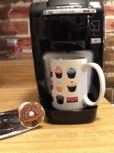 Keurig K10 Mini Plus with Donut Mug