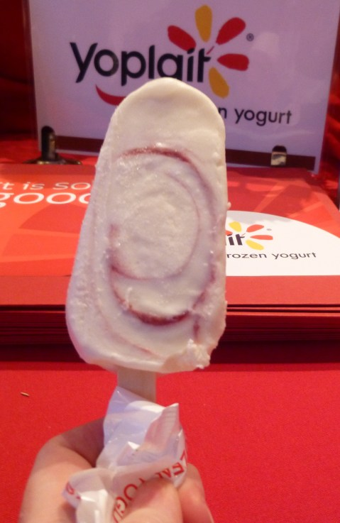 Yoplait Frozen Raspberry Yogurt Bar