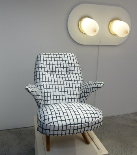 Breast Lamp with Chair