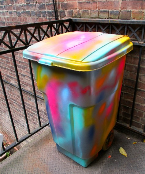 Pyschedelic Recycling Bin