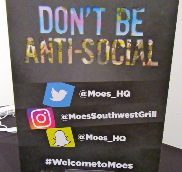 Moes Social Media